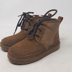 UGG Kids Neumel ll Unlined Boots Size 13 (boys)